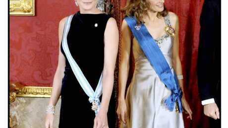 PHOTOS Carla Bruni et Letizia Ortiz, l'élégance au sommet