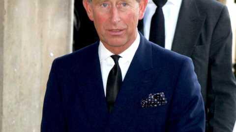 Prince Charles Opéré d'une tumeur