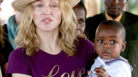 la-seconde-adoption-de-madonna-au-malawi-tres-critiquee