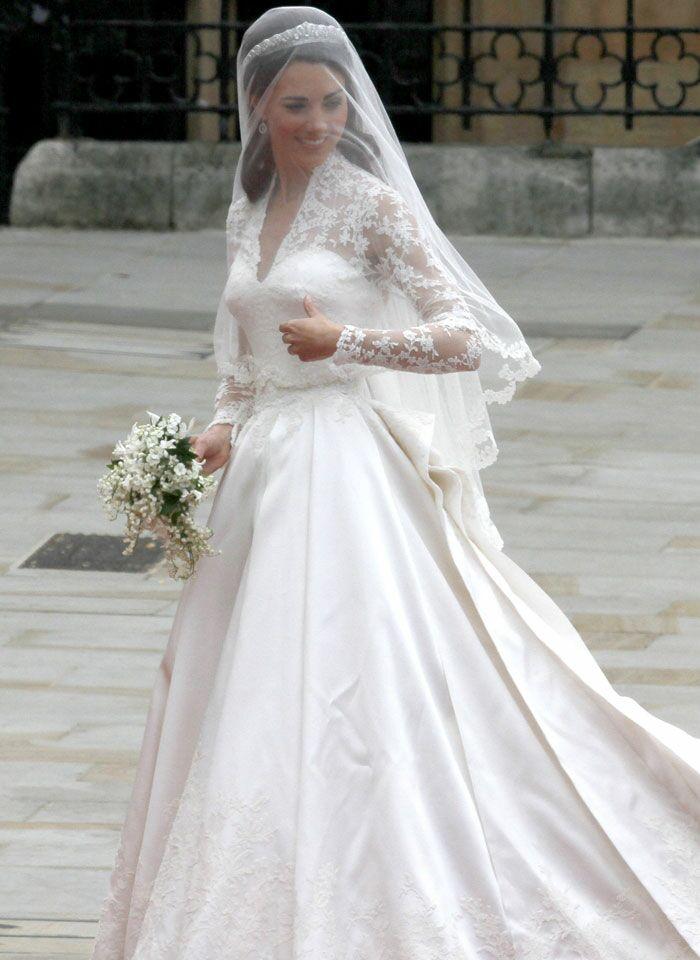 Offrez Vous La Robe De Mariée De Kate Middleton En Moins