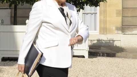 Roselyne Bachelot: ses crocs mises aux enchères