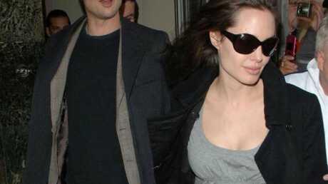Angelina Jolie & Brad Pitt Arrivés en France!