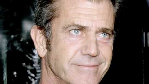 Mel Gibson agresse un faux fan