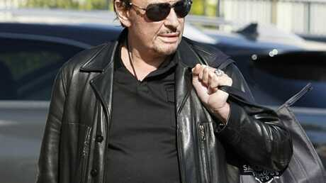 Johnny Hallyday retourne à la clinique