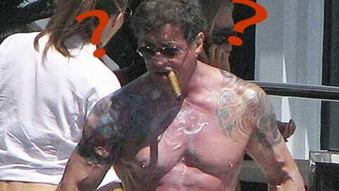 Sylvester Stallone profite à fond de ses vacances à Ibiza