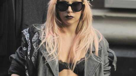 Lady Gaga sous surveillance de sa maman