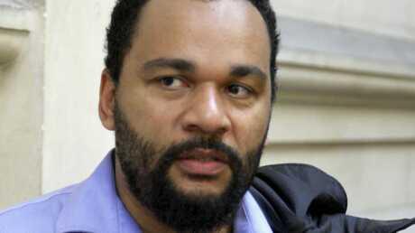 Dieudonné risque 6 mois de prison avec sursis