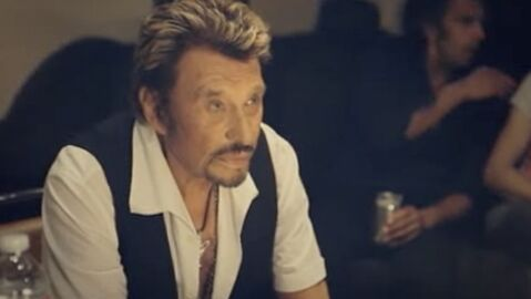 VIDEO Jamais seul, le clip de Johnny Hallyday