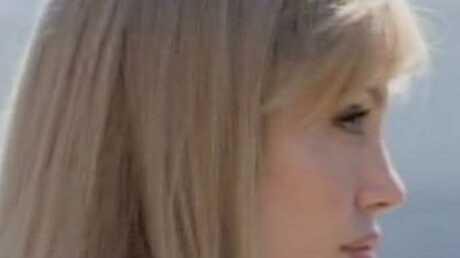 LOOK Angelina Jolie est devenue blonde