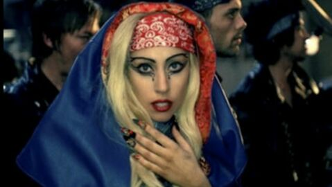 VIDEO Lady Gaga dévoile le clip de Judas