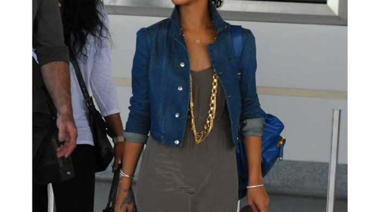 LOOK Rihanna a du style même en vacances