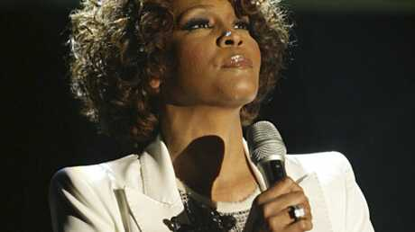 Whitney Houston: annulation de son concert à Paris