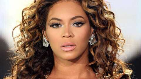 VIDEO Beyonce se jette dans la foule en plein concert à Londres