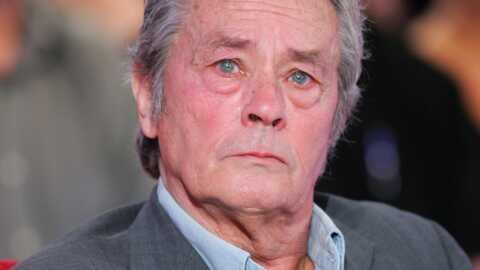 Alain Delon aurait demandé trop d'argent au Théâtre de Paris