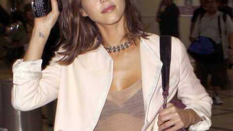 LOOK Jessica Alba enfin sexy en civil