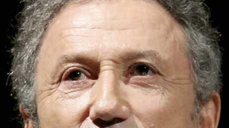 Michel Drucker: un retour pour Champs-Élysées?
