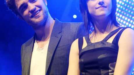 Twilight: Pattinson et Stewart rendent visite à des fans
