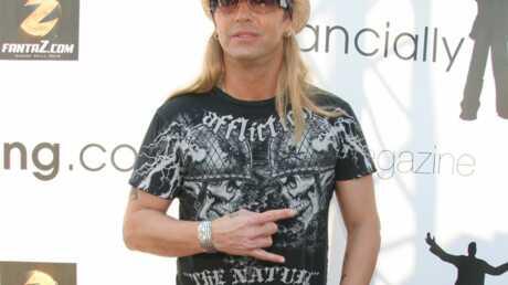 Buzz: Regardez l'ex de Pamela Anderson se faire écraser
