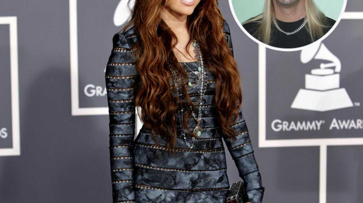 Miley Cyrus en duo avec Bret Michaels de Poison