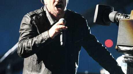 U2 rejoint par Jay-Z sur scène pour la chute du mur de Berlin