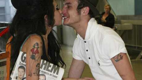 Amy Winehouse surprise au lit avec Blake