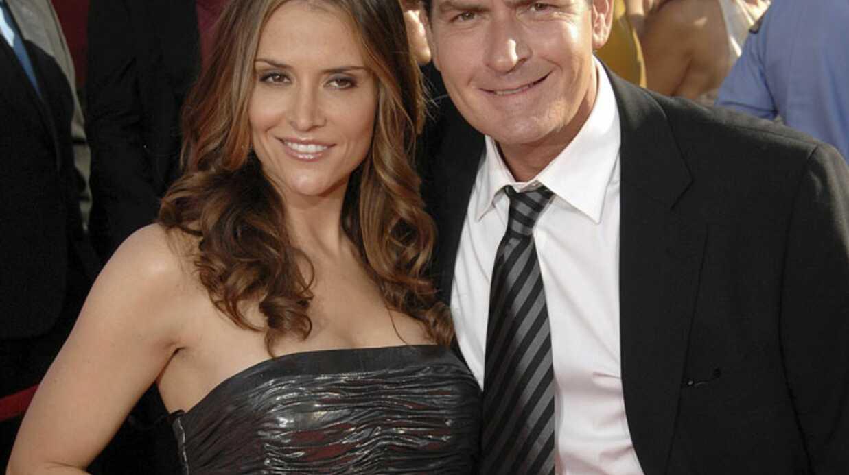 Charlie Sheen: son épouse lui a pardonné