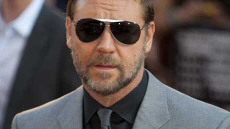 russel-crowe-martyrise-ses-employes