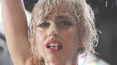 VIDEO Lady Gaga arrête une bagarre en plein concert