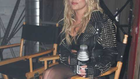 Britney Spears : pas de drogue ni d'alcool sur le tournage de « Till the world ends »