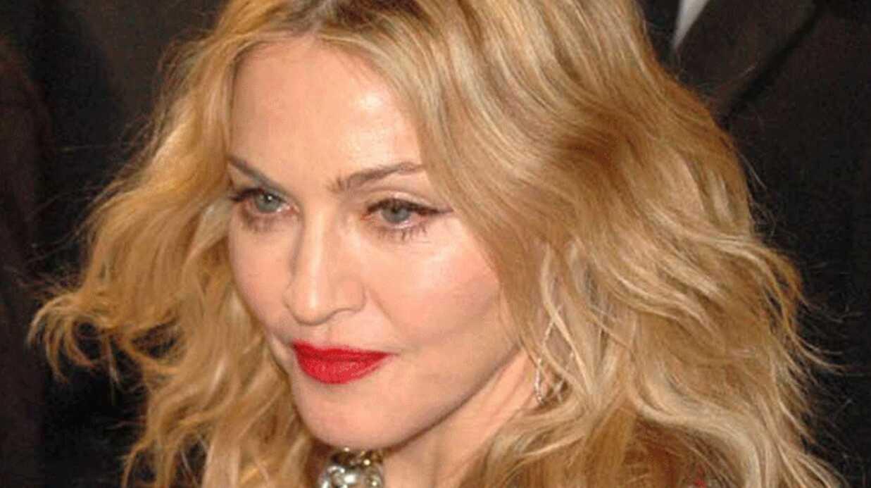 Madonna rencontre l'homme d'affaire Tony Fernandes à Londres