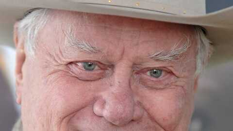 Desperate Housewives: Larry Hagman alias JR dans Dallas débarque!