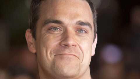 Robbie Williams montre ses fesses pour 30 euros