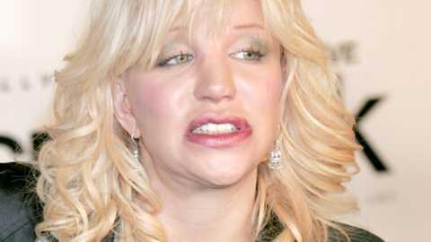 Courtney Love Ses cadeaux de Noël dérobés!