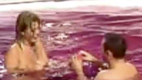 VIDEO Secret Story 3 : Cindy nue dans la piscine avec Nicolas