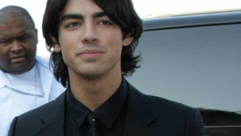 Joe est le plus sexy des Jonas Brothers