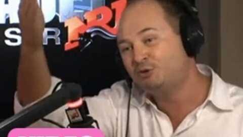 VIDEO Cauet odieux avec des strip-teaseuses