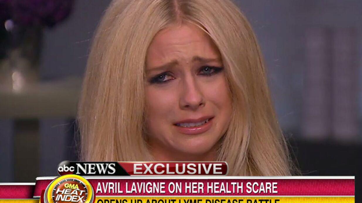 VIDEO Avril Lavigne en larmes en évoquant sa maladie