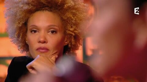 VIDEO Amanda Scott fond en larmes pendant la prestation de Jane Constance (The Voice Kids 2)