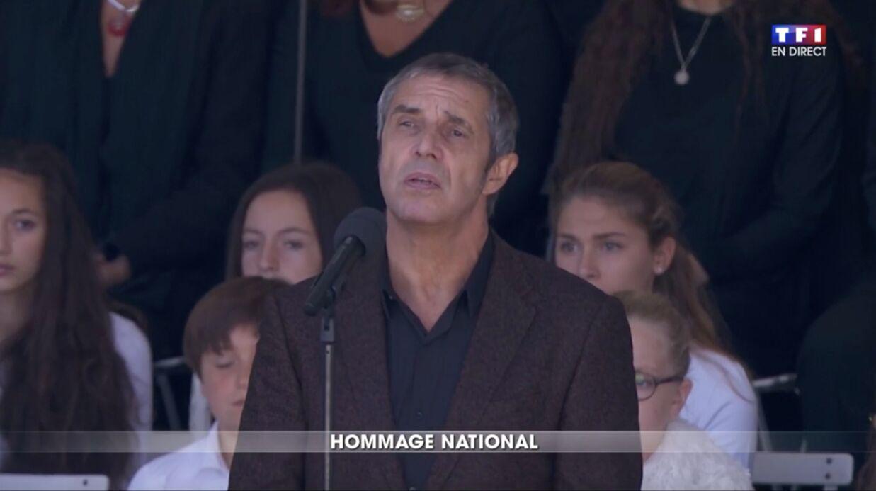 VIDEO Julien Clerc: son hommage bouleversant aux victimes de l'attentat de Nice
