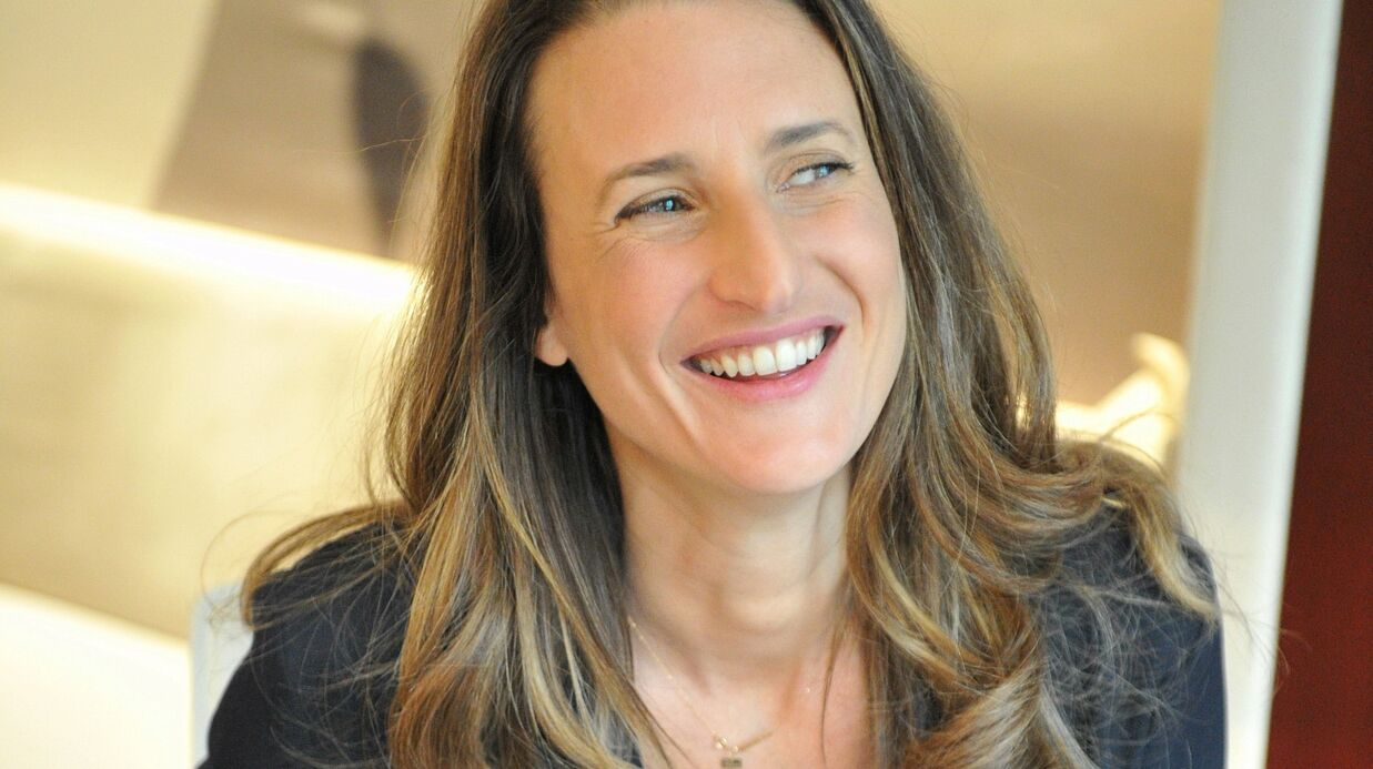 Interview – Camille Cottin: «On a toutes une petite connasse qui sommeille en nous…»