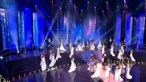 VIDEO Miss France 2016 : Miss Roussillon chute en direct