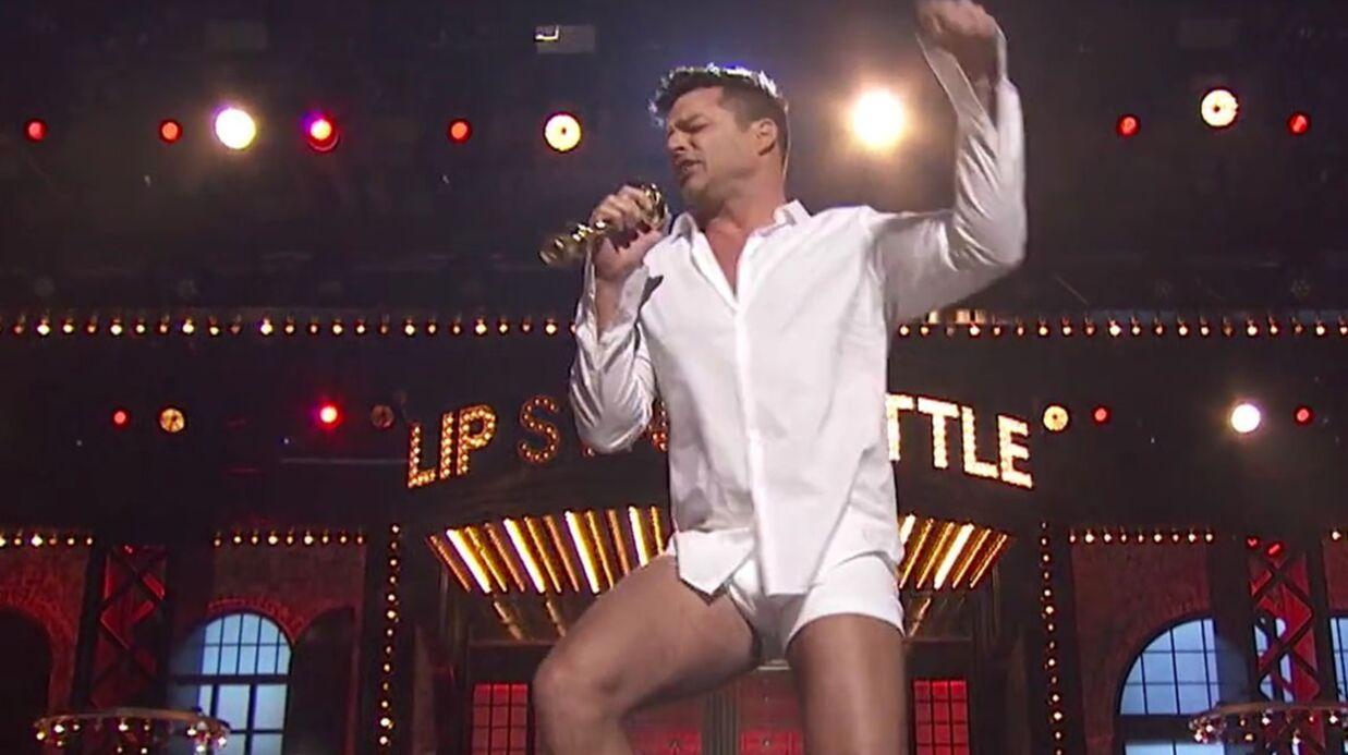 VIDEO Ricky Martin chante en boxer comme Tom Cruise dans Risky Business