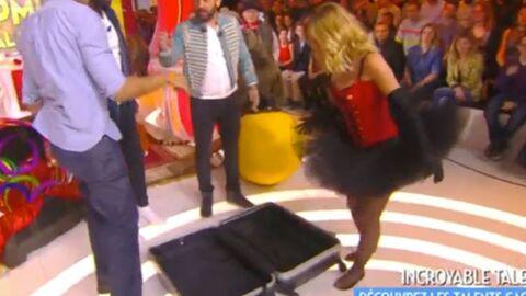 VIDEO TPMP: Cyril Hanouna a enfermé Enora Malagré, sexy et court vêtue, dans une valise
