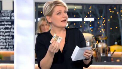 VIDEO C à vous: François Damiens offre une enveloppe de 50 euros à Anne-Elisabeth Lemoine