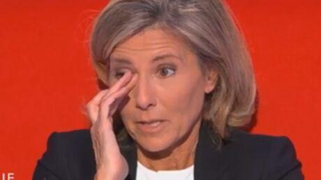 VIDEO En larmes, Claire Chazal évoque son terrible manque de confiance en elle
