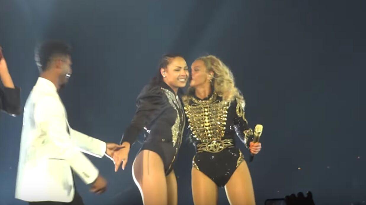 VIDEO Beyoncé: deux de ses danseurs se fiancent sur scène, c'est TROP mignon