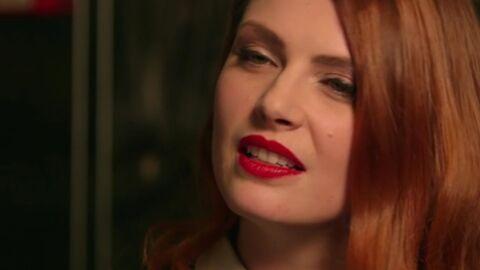 VIDEO Elodie Frégé échange un baiser langoureux avec une femme dans une web-série