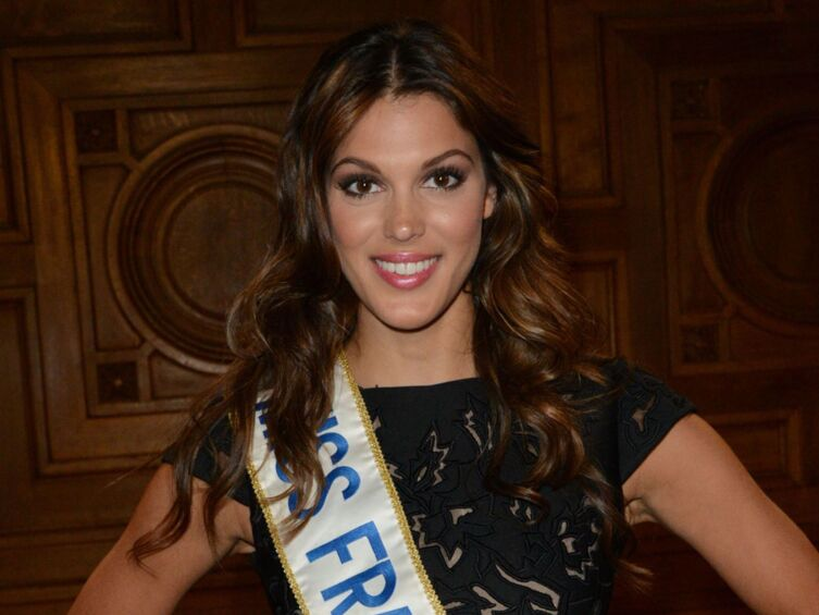 Miss France Tombe : video iris mittenaere miss france 2016 tombe de son v lo ~ Pogadajmy.info Styles, Décorations et Voitures