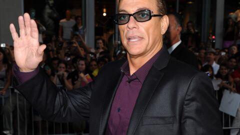 Jean-Claude Van Damme appelle les photographes pour leur dire qu'il est plus célèbre que Cara Delevingne