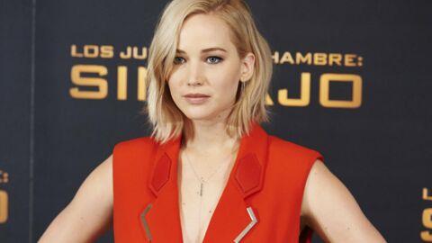 VIDEO Jennifer Lawrence se casse la figure deux fois à cause de ses talons (trop) hauts